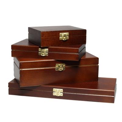 Drewniane pudełka FSC z pokrywką A4, A5, A6 lakierowane na zewnątrz w kolorze czarnym lub brązowym